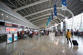 Mumbai Airport's new self-service ticket printing kiosks